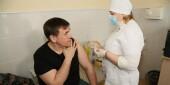 Мобильная бригада в Волгодонске вакцинировала 600 сотрудников предприятий и организаций города
