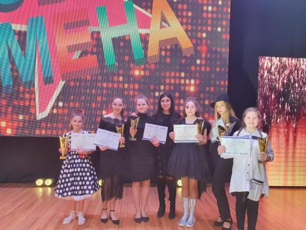 Воспитанники Детской школы искусств города Волгодонска приняли участие в Международном фестивале-конкурсе детского и юношеского творчества «Имена России»