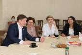 Разговор по душам: старшим медсестрам Волгодонска вручили награды в неформальной обстановке