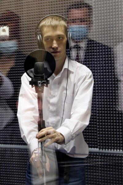 Воспитанник волгодонской школы-интерната «Восхождение» открыл в своей школе музыкальную студию