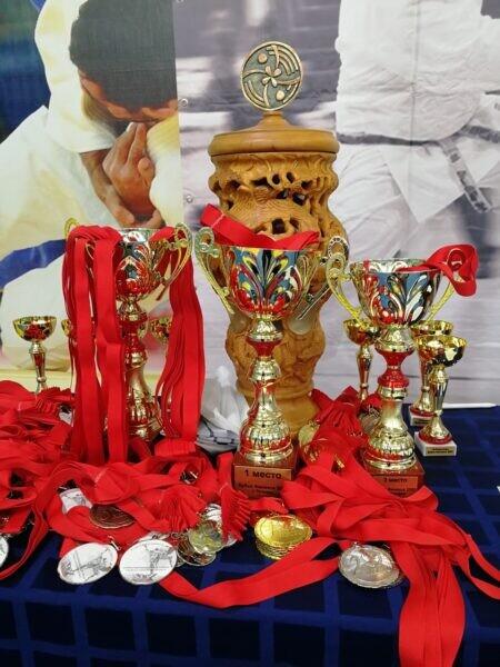 Волгодонские каратисты успешно выступили на двух турнирах