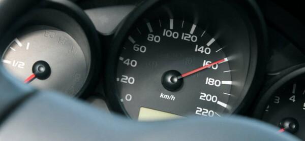 С начала года в Ростовской области за превышение скорости более чем на 60 км/ч получили штрафы 3987 автомобилистов
