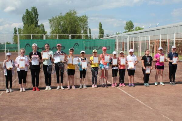 В Волгодонске прошел открытый городской турнир по теннису
