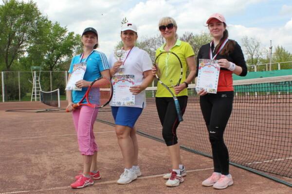 tennis-6-899x600