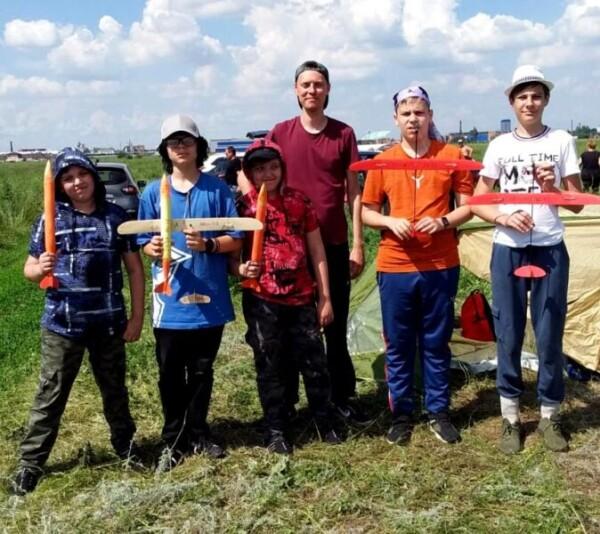 Автомоделисты и ракетомоделисты СЮТ Волгодонска стали бронзовыми призерами областных соревнований