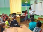 Полицейские Волгодонска рассказали детям о соблюдении правил дорожного движения во время летних каникул