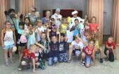 Путешествие по бабушкиным сказкам: волонтеры «серебряного» возраста подготовили интерактивный спектакль для детей