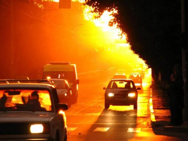 Водителей Ростовской области призывают к особой бдительности в связи с аномальной жарой