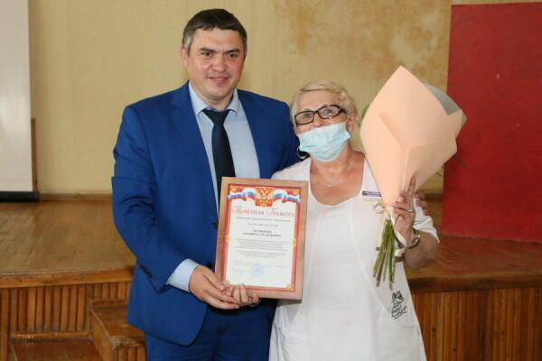 Руководство города поздравило с профессиональным праздником медицинских работников Волгодонска