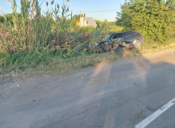 Водитель объезжал яму: в Волгодонске в ДТП пострадала 11-летняя девочка