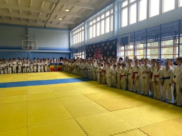 В День защиты детей Волгодонске прошел турнир по рукопашному бою