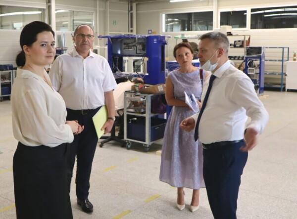 В помощь экспортерам: замминистра экономического развития Ростовской области встретилась с волгодонскими производителями, осуществляющим поставки продукции за рубеж