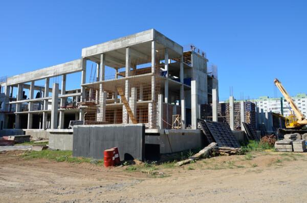 Темпы строительства школы на В-9 идут с опережением на квартал