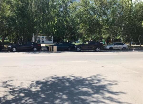 Людей зажало между автомобилями: инсульт у водителя спровоцировал массовое ДТП в Волгодонске