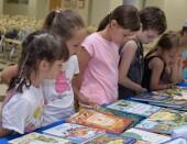 В Волгодонск приехала передвижная выставка редких книг