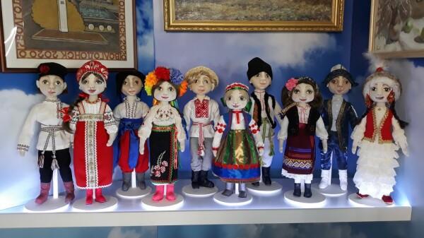 Мастера декоративно-прикладного провели онлайн-выставку к Дню рождения Волгодонска