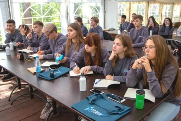 Для победителей конкурса «БЛОГЕР Today-2» начала работу летняя смена «Академии блогеров»