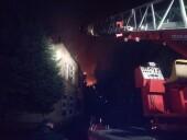 Жильцов эвакуировали: крупный пожар тушили ночью в жилом доме в Волгодонске