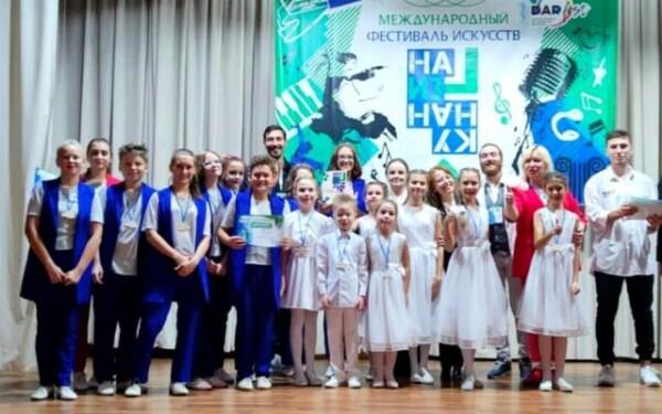 Воспитанники театра эстрадной песни «Элита» достойно представили Волгодонск на многожанровом фестивале искусств в Ростове-на-Дону