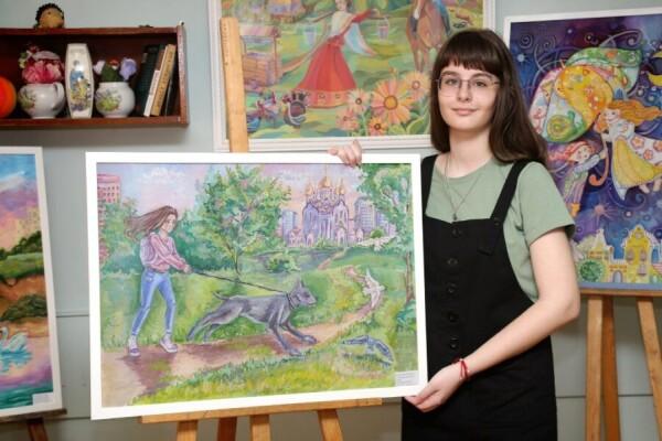 В Детской художественной школе открылась выставка творческих работ выпускников «Наши надежды-2021»